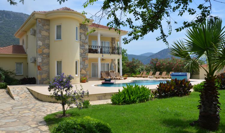 Villa Dazmanda - On Sale